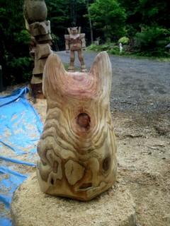 フレンチブルドッグ彫刻チェーンソーアート