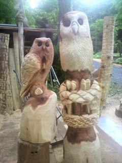 フクロウ彫刻チェンソーアートカービング