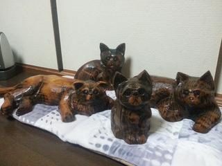 チェーンソーアート彫刻ネコ