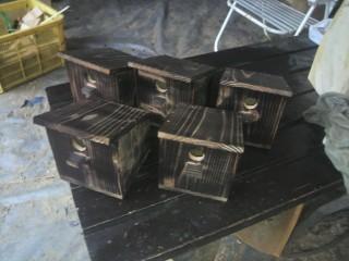 塗料も釘ビス金物なしの手作り巣箱