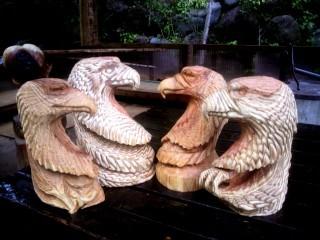 イーグルヘッド彫刻チェーンソーアート