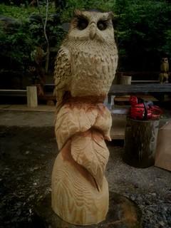 フクロウ彫刻チェーンソーアート一点ものハンドメイド限定品